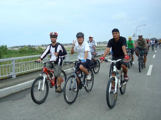 Crossing Gilbert Bridge